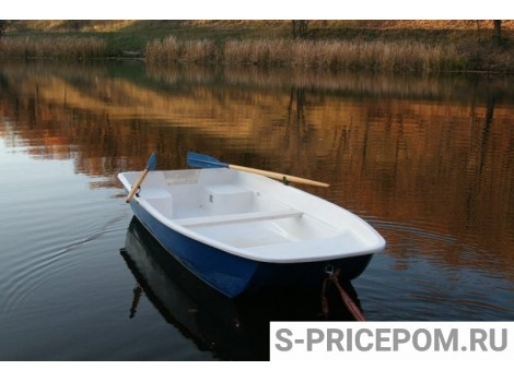 """Стеклопластиковая лодка """"Волна"""""""