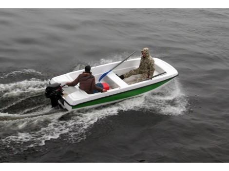 """Стеклопластиковая лодка """"Кайман 42"""" (Cayman 42)"""