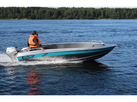 Алюминиевая лодка NewStyle-430 румпельное управление