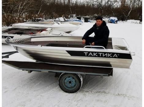 Алюминиевая лодка Тактика 390 ФИШ (Fish) (короткие рундуки)