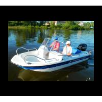 Стеклопластиковая лодка Wyatboat-430DC ТРИМАРАН